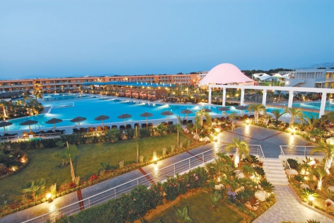 Blue Lagoon Resort  *****