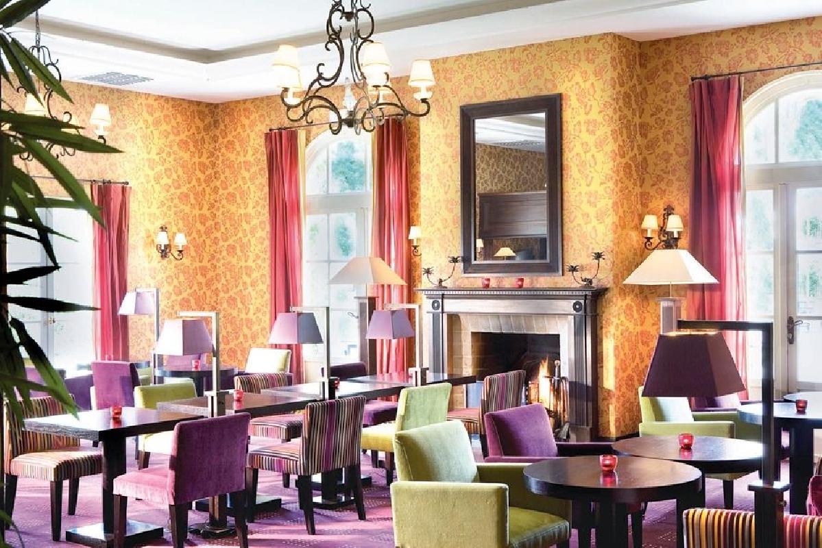 Hotel Le Villiers Paris France